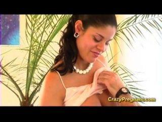 vollbusige behaarte schwanger Babe