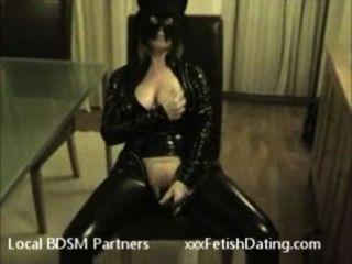 erstaunliche Frau in Katze Kostüm