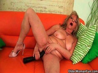 big Titted Grannies Orgasmus Sammlung Verlangen