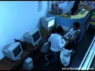 follada en cibercafe de Madrid