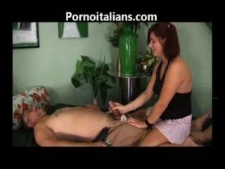 porno incesti italiani figlia fa pompino - italienische Familie porn Vater Tochter