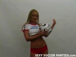glühend heiß tschechische Fußball-Mädchen Strippen