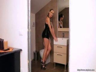 sexy tschechische Erotikmodel jennifer max hat einen geilen Arsch