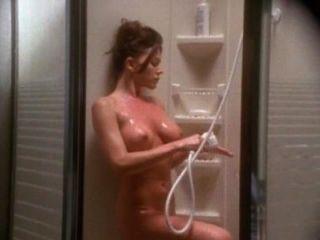Krista Allen und Paul Michael Robinson Sexszene aus emanuelle 4