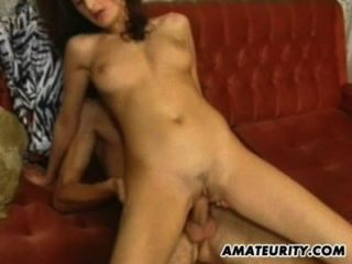 2 hot Amateur Teenager in einer Vierer mit Gesichts