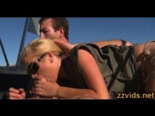 unglaublich heiße Blondine tasha Herrschaft gefickt