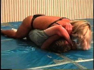 Flamingo Mixed Wrestling mw066 - jill vs brett Teil1