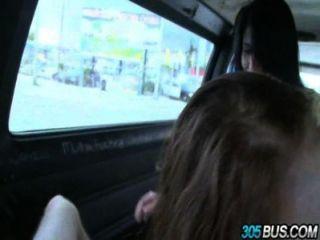 2 Teen babes chloe taylor & kimberly wilde gefickt aus den street.3