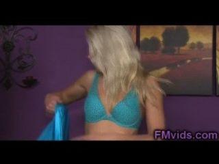 erstaunliche blonde annika albright