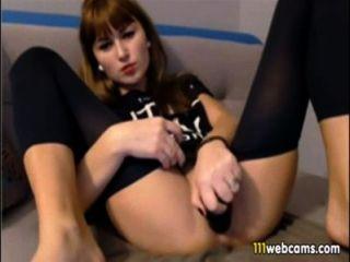 nette junge Ding Finger ihre Rasur Schlitz auf Webcam