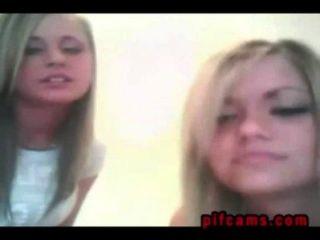 Zwillinge zeigen Möpse & ndash; pifcams.com