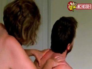 Anne Reid Fick von Sohn im Film Mutter 2004 [1]