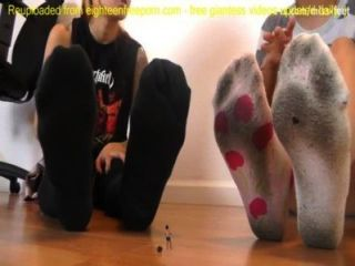 Punk zeigen kleine Riesin Fußsklave SFX - Riesin SFX humiliation.mp4