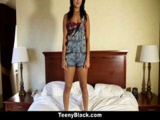 teenyblack - redbone sexpot mia Austin!