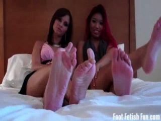 Asien und ashley Liebe ihre Füße verehrt