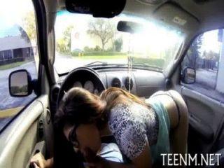 Volljährigkeit Teenager ava taylor Sex für Geld