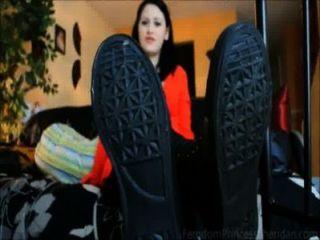 Stiefel, Socken & Sohlen (Teaser)