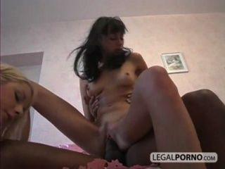 2 Mädchen sexy, um einen großen schwarzen Schwanz in die Fotze und Arsch sl-1-04 Einnahme