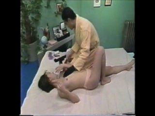 japanses Mädchen mag sexuelle Lotion Massage 3-4