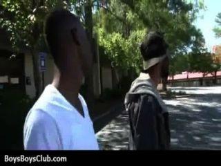muskulösen schwarzen Homosexuell Jungen weiß Twinks hardcore 17 demütigt