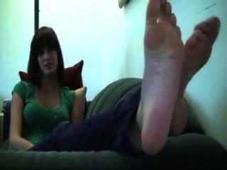 erin große Füße und Sohlen
