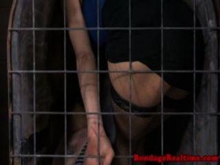 frechen subs Käfig zusammen bis
