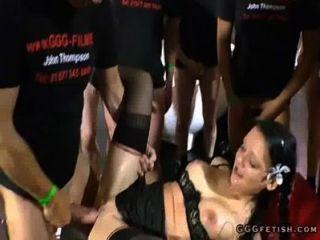rasierte Muschi bekommt fucking von rasiert Schwanz