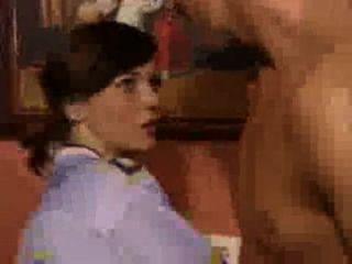 rasiert Freundin wird in verschiedenen Positionen gefickt