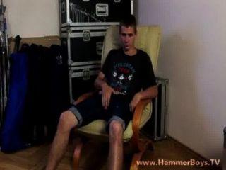 allein zu Hause jeremy jung aus hammerboys tv