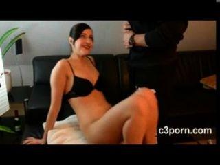 niedlich Schönheit Teenager harten Sex auf dem Sofa