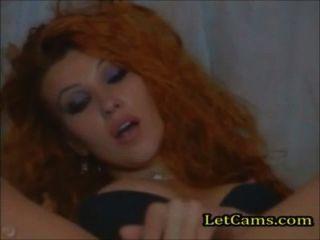 Rothaarige masturbieren Orgasmus pusssy auf Webcam