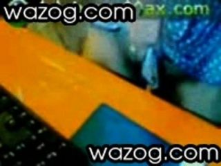 flotten Dreier mit zwei Fotzen auf einem Stock von wazog.com