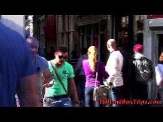 blonde holländische hooker saugt