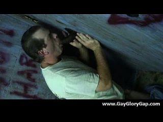 Gay Hardcore Gloryhole Sex Porno und böse Homosexuell Handjobs 11