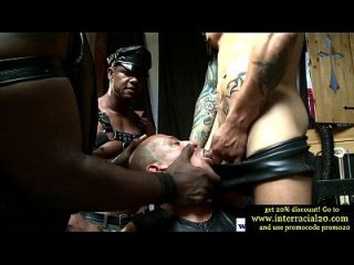 Ebenholz bdsm Homosexuell machen saugen Hahn