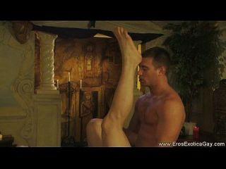 Homosexuell Kama Sutra ist kenntnisreich