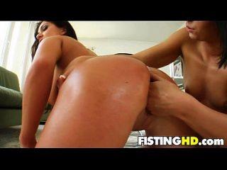 Fisting Babes katy \u0026 debby