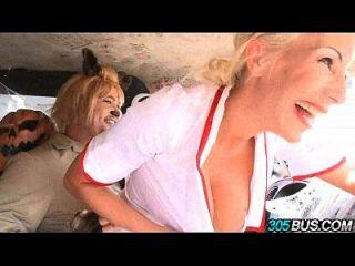 fucking gelegentliche Kerle auf halloween blonde puma swede.5