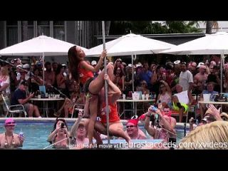 Wilder Pool Party bei Fantasy Festival 2014 Key West