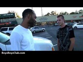 muskulöse schwarze dudes fuck Homosexuell weiße Twink Jungen 16