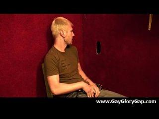 Gay Hardcore Gloryhole Sex Porno und böse Homosexuell Handjobs 09