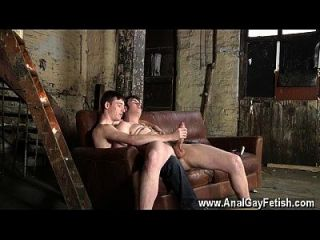 Homosexuell Porn matt madison ist vorbereitet, um einen anderen fellows cock schießen a