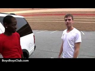 Schwarze auf Jungs interracial Hardcore Homosexuell Action 08