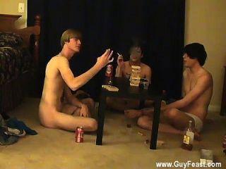 hot Homosexuell Sex Dies ist ein langes Video für Sie Voyeur-Typen, die wie die