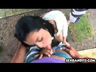 schöne Amateur Latina Teen gefickt hart 01