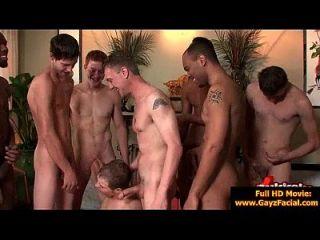 bukkake Homosexuell Jungs böse Bareback Gesichts-Cumshot-Partys 10