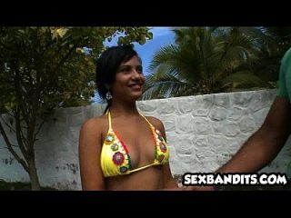 01 big ass latina fickt am strand 01
