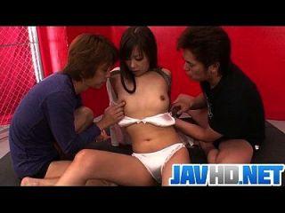 erstaunliche Gangbang am dampfigen japanischen Babe in Hitze