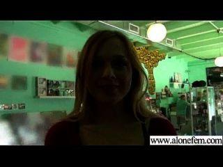 solo geil sexy Mädchen verwenden alle Arten von Sachen in Löcher Film 03