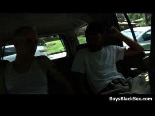 weiße junge Jungs gefickt von schwarzen Dudes 07